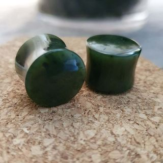 16mm Nephrite Jade Plugs