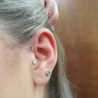 tragus & forward helix