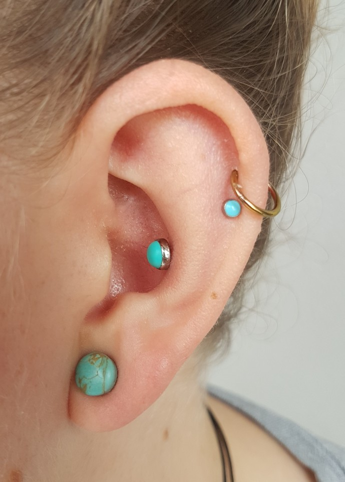 conch, double helix & stretched lobe